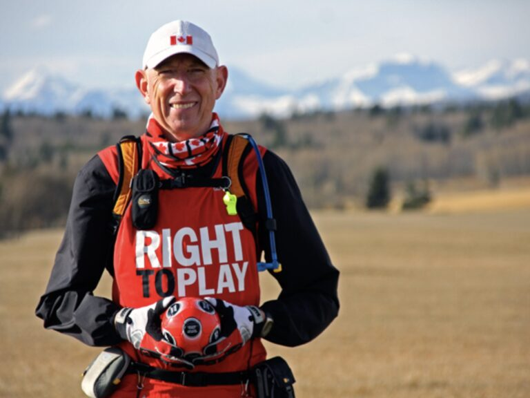 Outdoorzlife, Martin Parnell, Right to Play